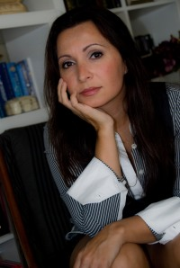 Author Carola Perla